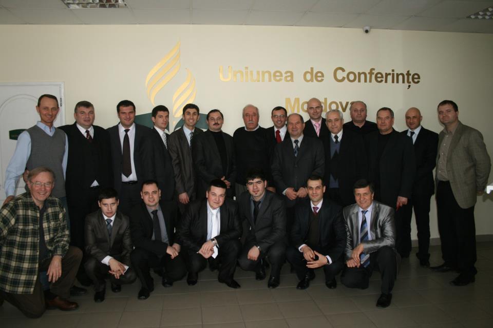Conferinte biblice prezentate in Republica Moldova de studenti de la ITA Cernica