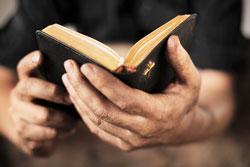Mai avem nevoie de 421 de Biblii pana pe 18 Iulie pentru catunele din Muntii Apuseni